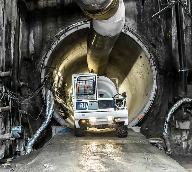 Mini Concrete Truck in Tunnel